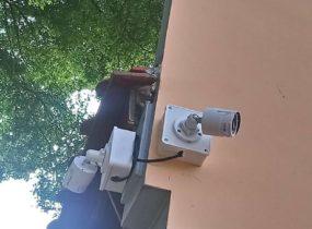 Lắp đặt camera cho biệt thự sân vườn